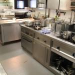 Der Kochblock ist zu klein und mit veralteter Technik